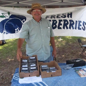 Memorial Day Weekend Farmers' Market Delights
