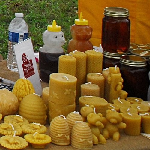 honey-fernandina-market-place-may-2014