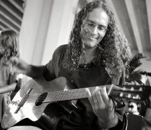 dennis-fermin-spanish-guitar